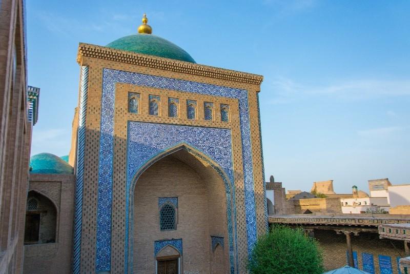 Pahlavan Mahmud Mausoleum