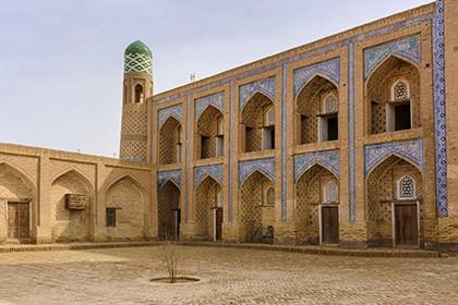 Muhammad Rahim-khan Madrasah
