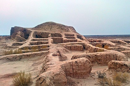 Ruins of ancient Khorezm in Kyzylkum desert - 7 fortresses