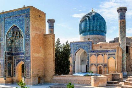One-day tour in Samarkand by train