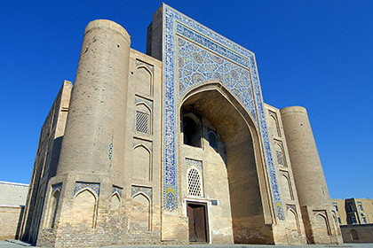 Tour from Tashkent to Samarkand and Bukhara with return to Tashkent