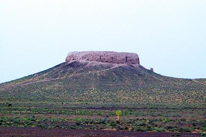 Зароастрийская Дахма Чильпык около Нукуса