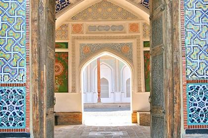 Khudoyar Khan Palace